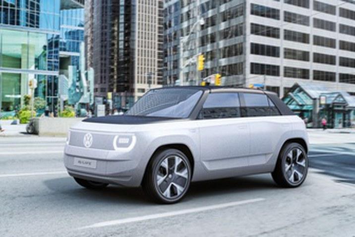 Betekintés a belépőszintű elektromobilitás jövőjébe: az ID. LIFE világpremierje